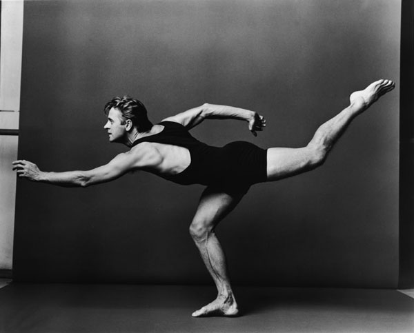 Mikhail Baryshnikov in graceful form