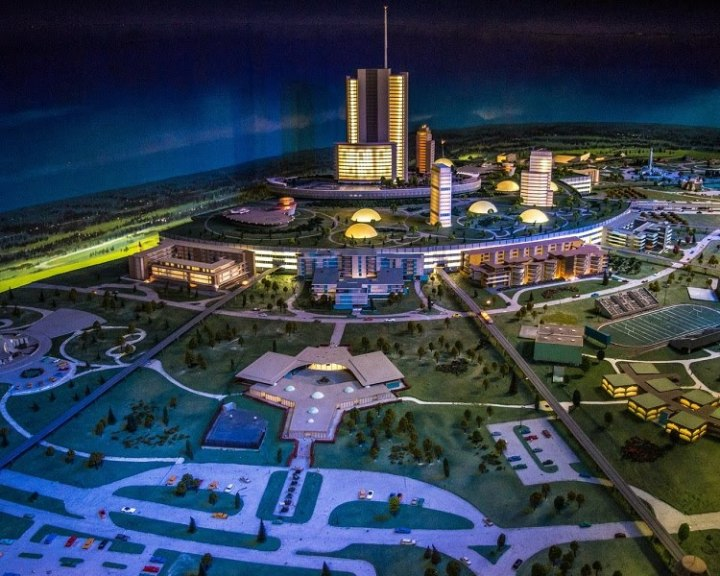 Photo from a very extensive site dedicated to the original vision of EPCOT - https://sites.google.com/site/theoriginalepcot/the-florida-project