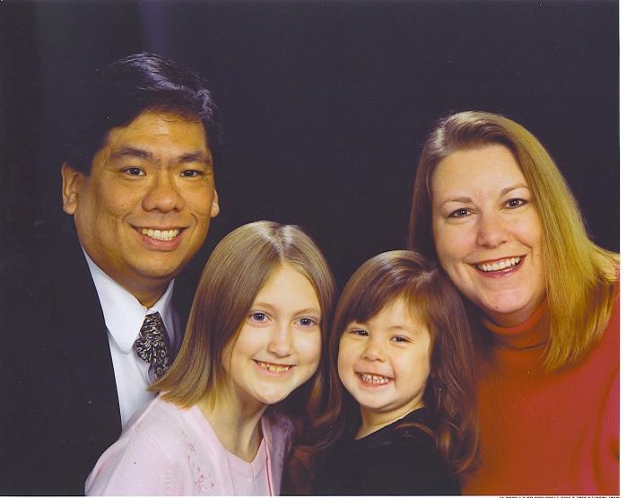2006-12-16 - Christmas Family pic